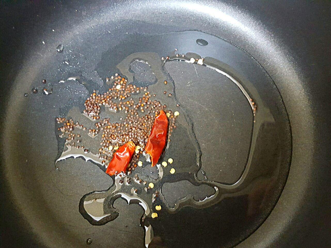 サンバル作り1