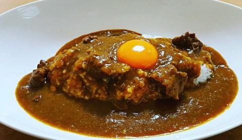 ソースコ甘辛カレー完成正面_1